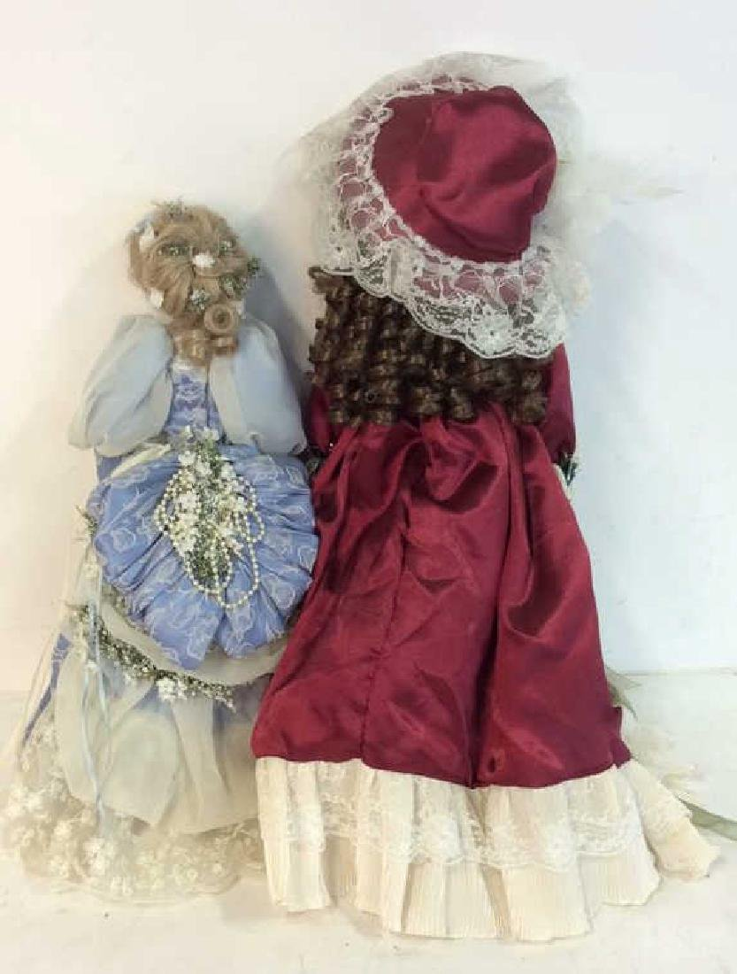 Collectible Porcelain Costumed pair Dolls Detailed - 6