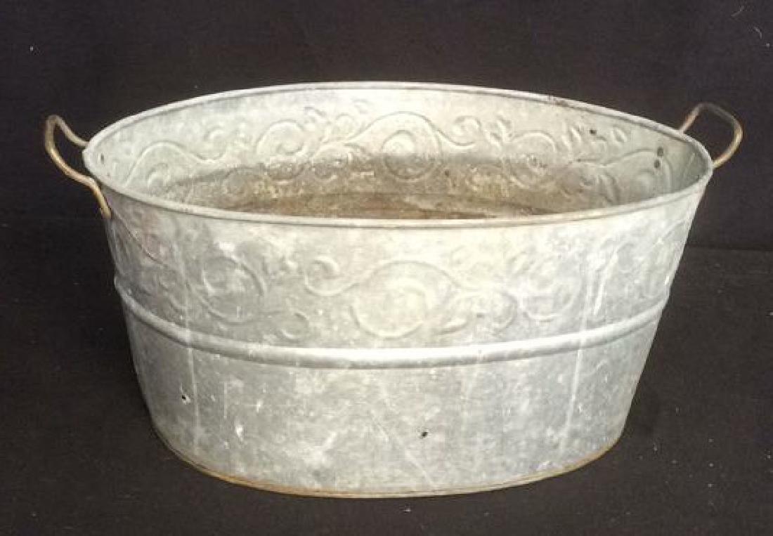 Vintage Galvanized Wash Tub With Handles Oval wash tub