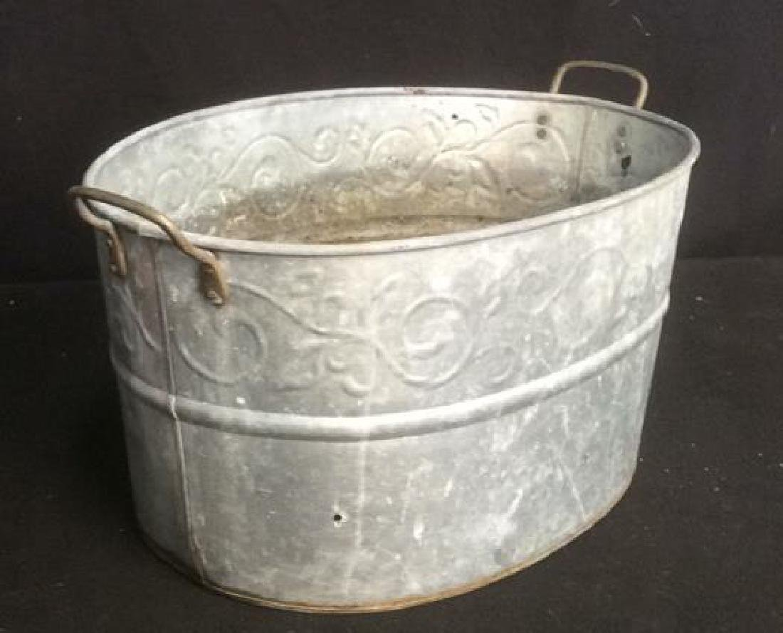 Vintage Galvanized Wash Tub With Handles Oval wash tub - 2