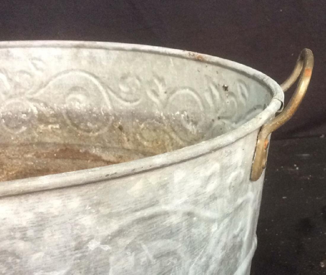 Vintage Galvanized Wash Tub With Handles Oval wash tub - 6
