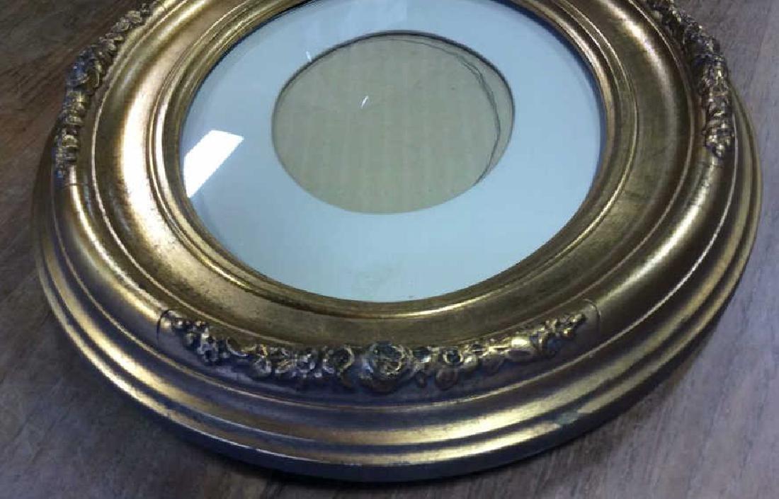 Antique Gold Leafed Oval Frame Carved wood frame with - 3