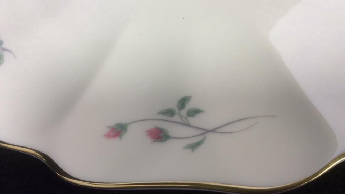 Lenox Cake with Floral Motif and Gold Trim Lenox Rose - 4