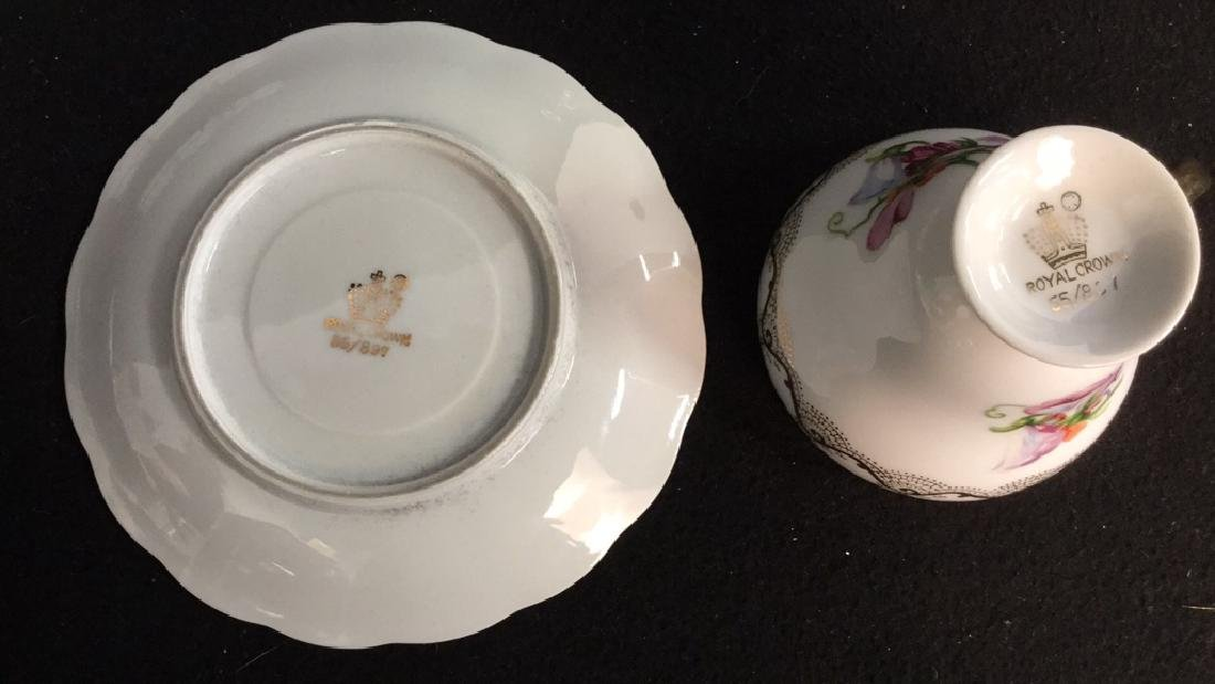 Group Lot Assorted China Assortment of china includes - 7