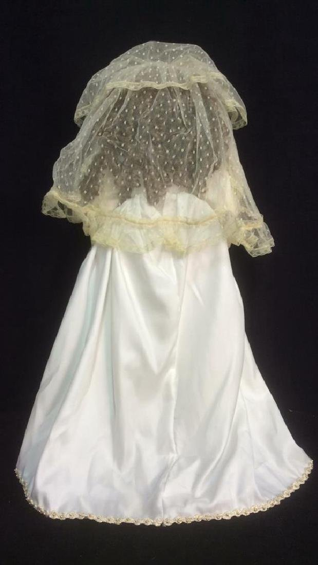 Porcelain Lasting Moment Doll in Wedding Dress Florence - 5