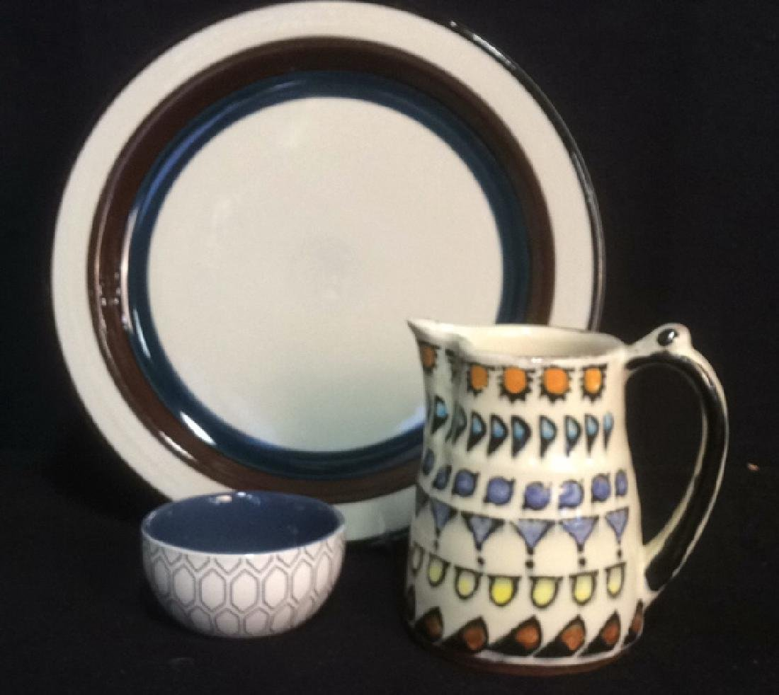 Group Ceramic Table Top Pottery Group Lot 3 pieces