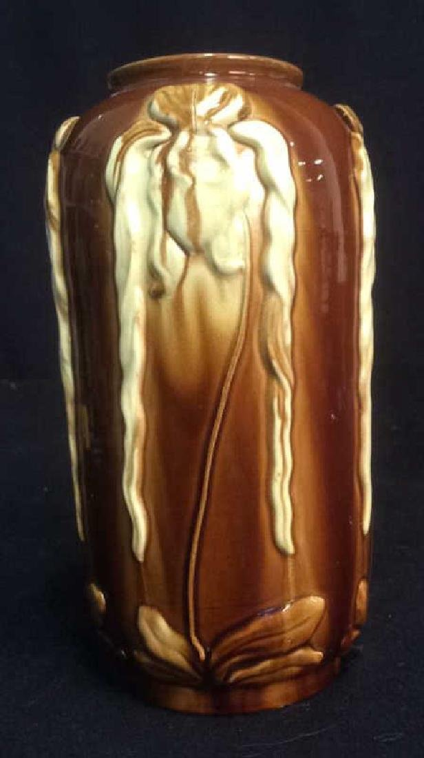 Ceramic Pottery Vase with Iris Tactile Decoration Brown - 3