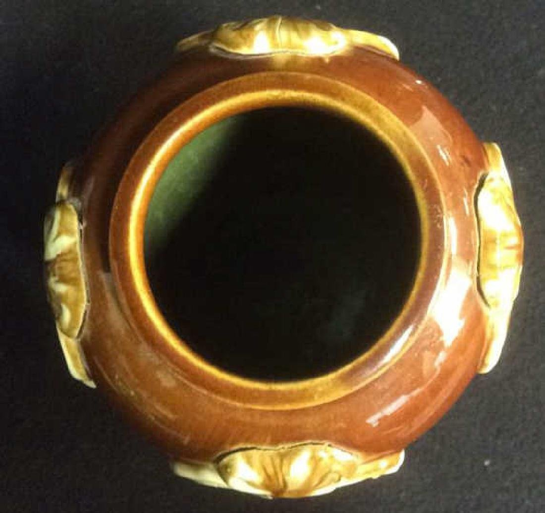Ceramic Pottery Vase with Iris Tactile Decoration Brown - 6
