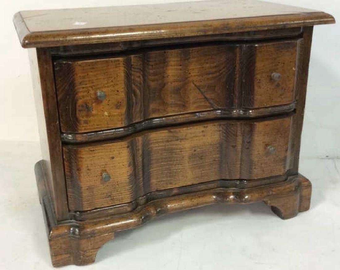 Antique two drawer commode Antique two drawer wood - 2