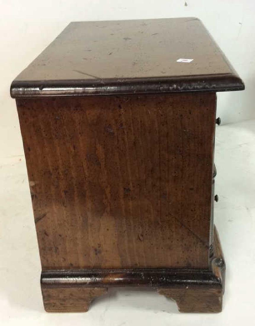 Antique two drawer commode Antique two drawer wood - 5