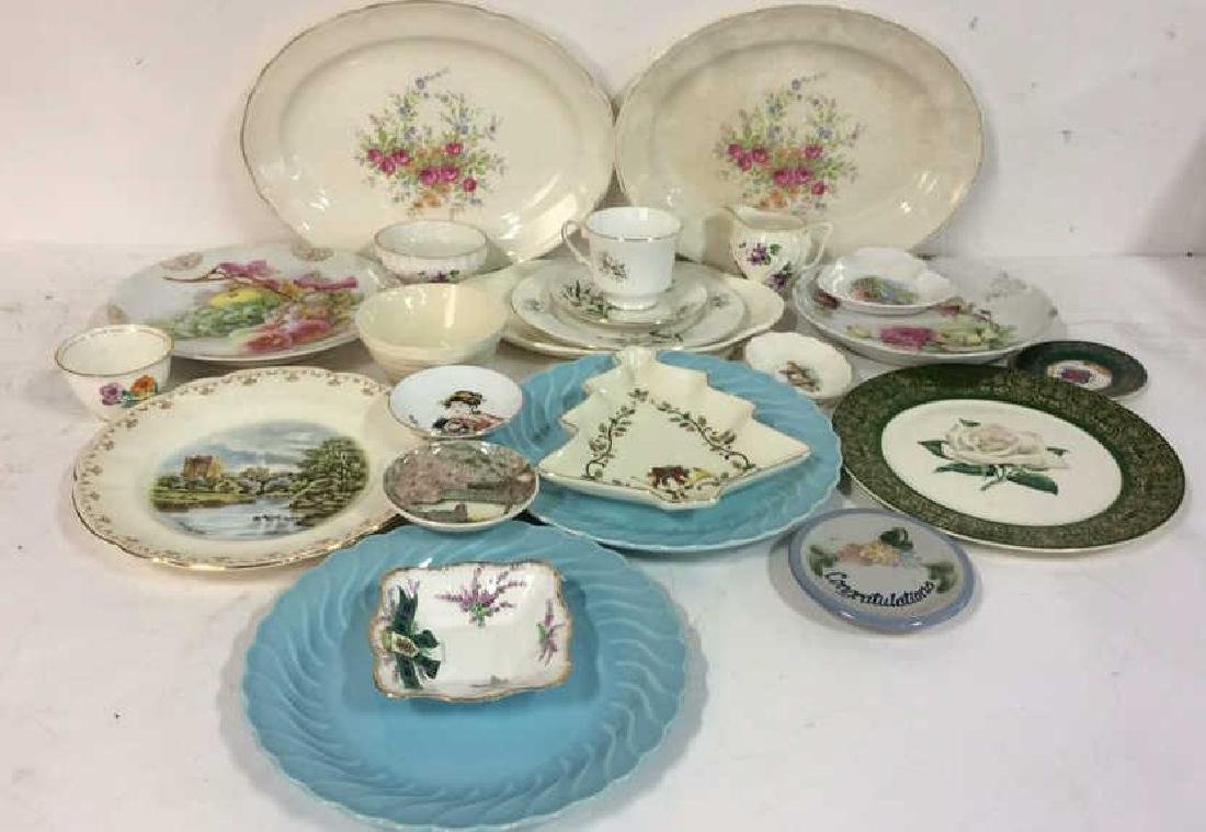 Group Lot Vintage Platters and Plates Assorted plates - 2
