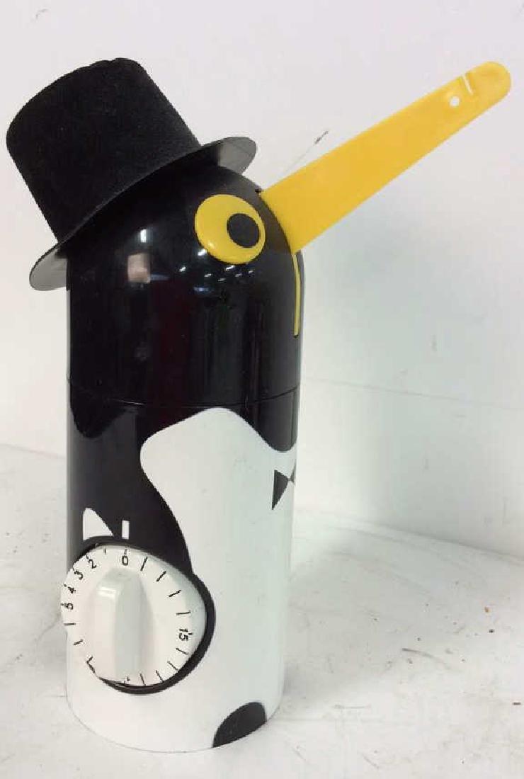 Vintage Kitchen Collectibles Group Penguin timer, - 4