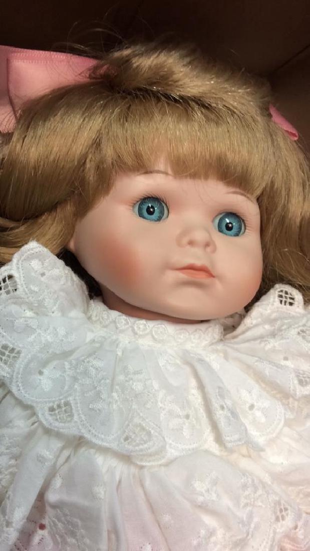 Goebels Ltd Edition Musical Porcelain Doll With - 6