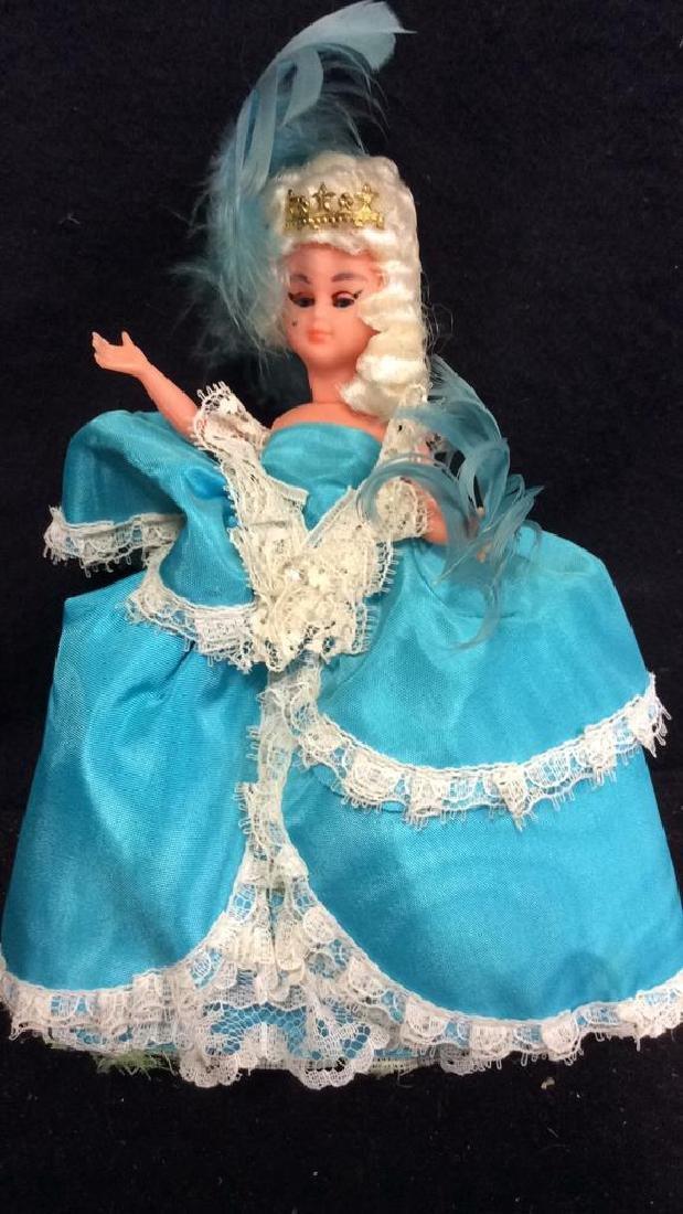 Madame Alexander & France 2 Dools Madame Alexander doll - 6