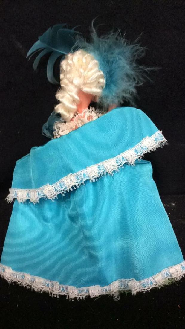 Madame Alexander & France 2 Dools Madame Alexander doll - 8