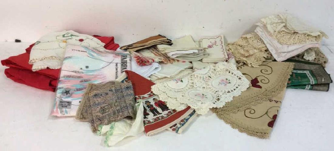 Group Lot Vintage Table Linens