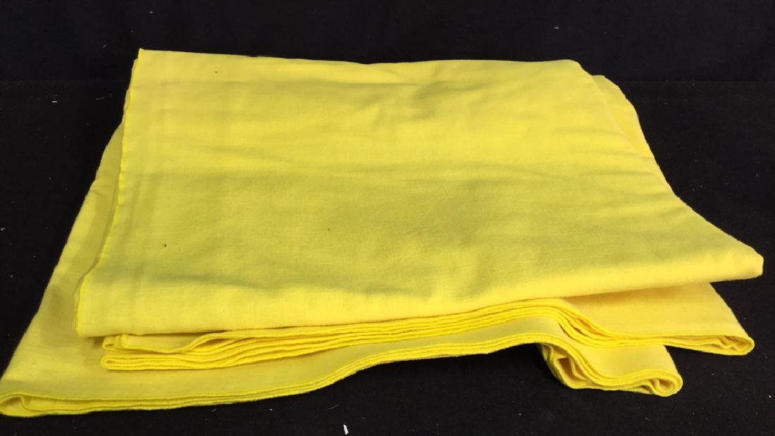 Group Lot Of Tablecloths And Napkins - 2