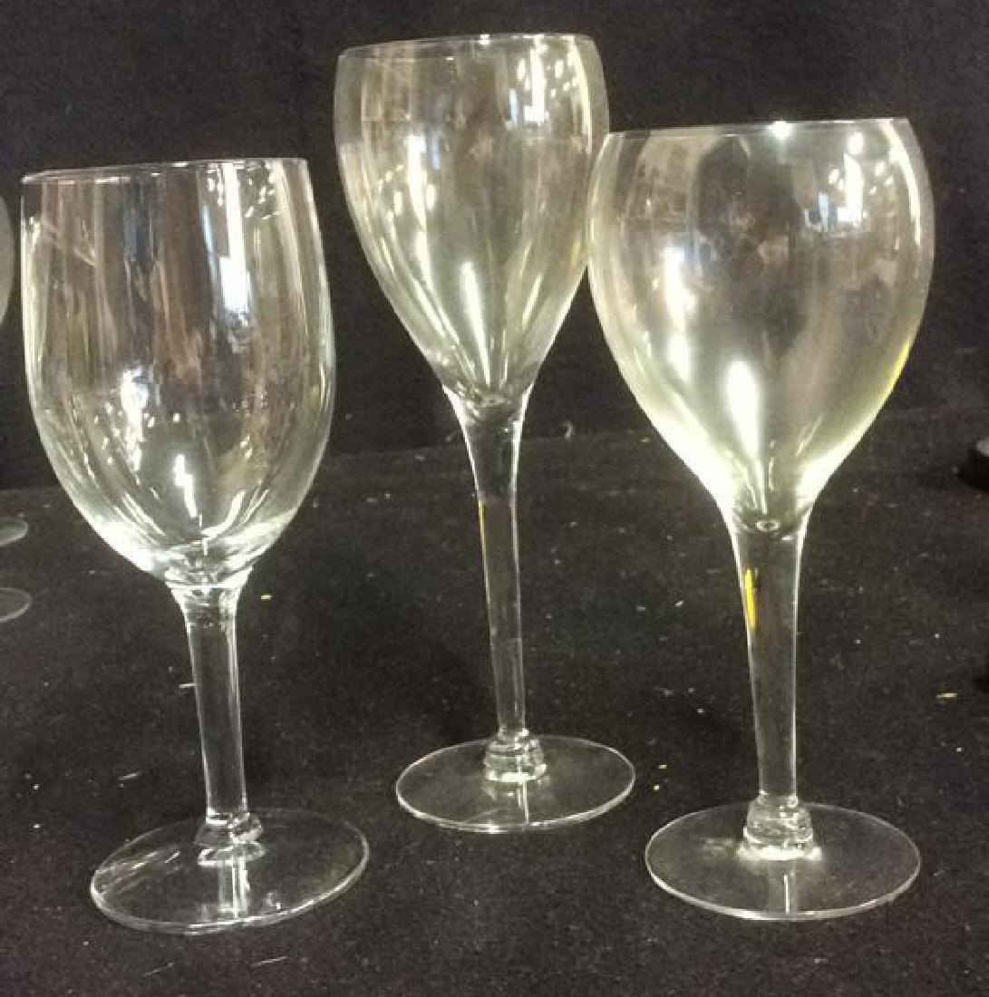 Lot of 22 White Wine Glasses - 5
