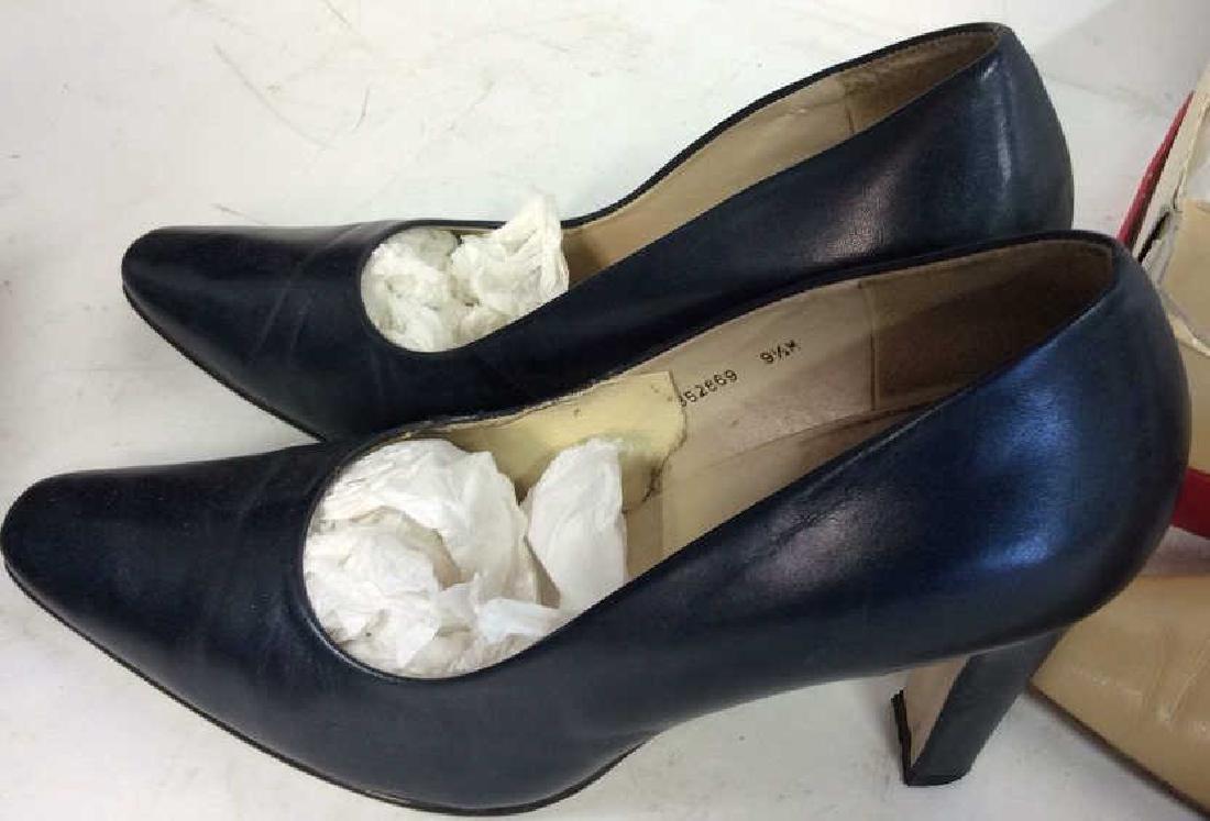 3 Pairs Ladies Shoes - 7