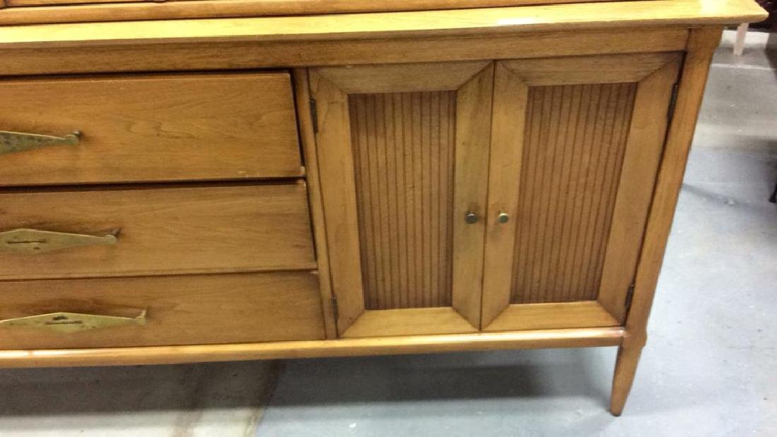 Tomlinson Danish Modern Display Cabinet - 5
