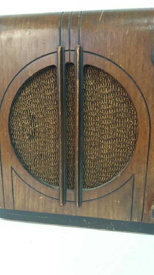 Antique Circa 1930s Radio - 3