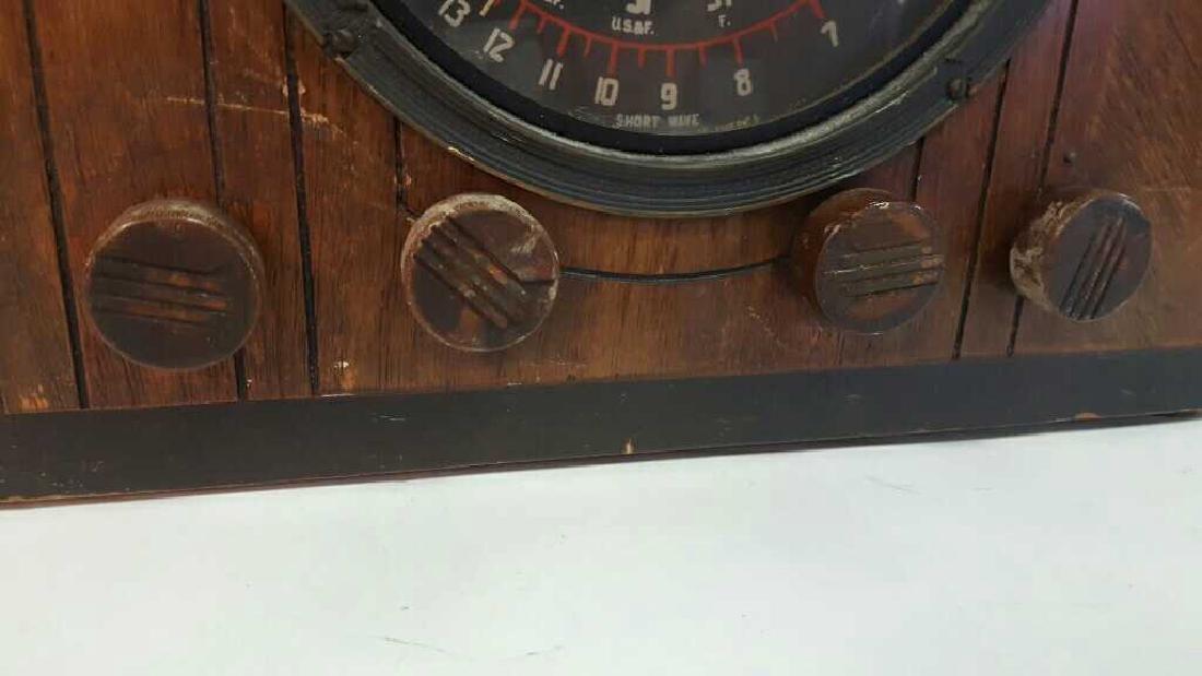 Antique Circa 1930s Radio - 6