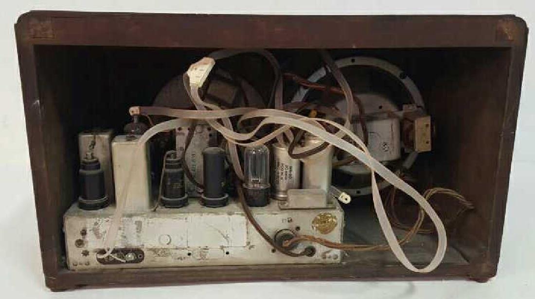 Antique Circa 1930s Radio - 8