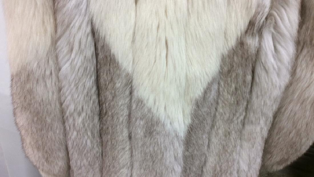 White And Silver Fox Fur Jacket - 6