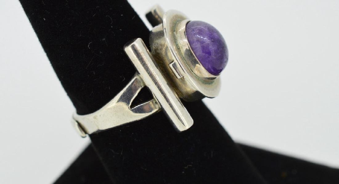Vintage Sterling Poison Pill Silver & Amethyst Rin - 2