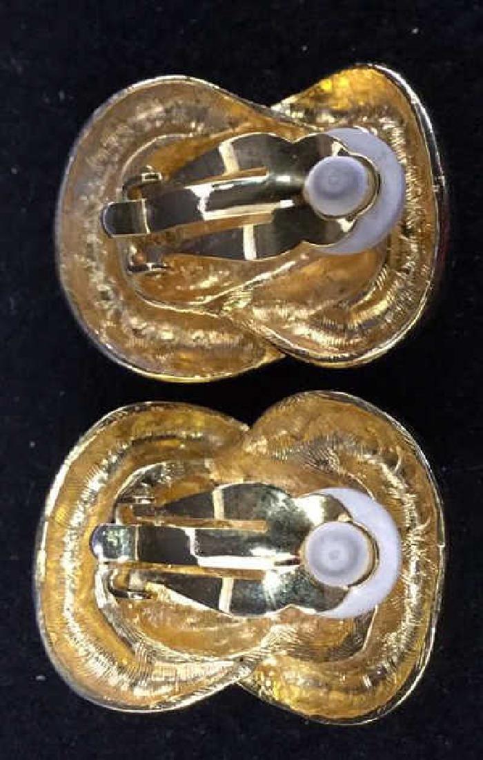 Porcelain Flower Pin - 8