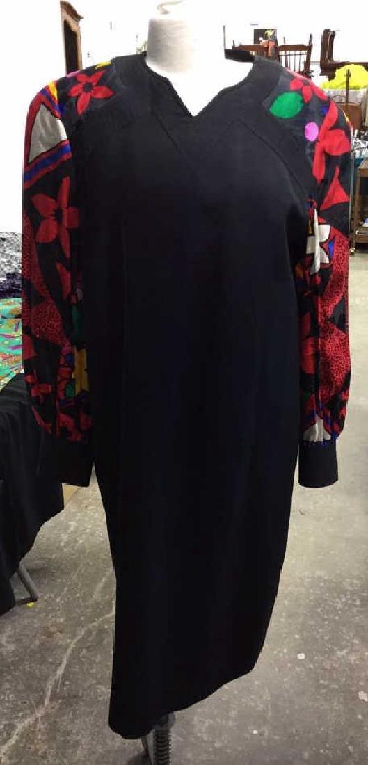 Vintage Ladies Designer Clothing - 2