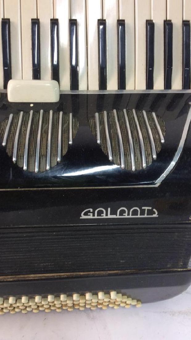 Vintage Italian Galanti Accordion - 4