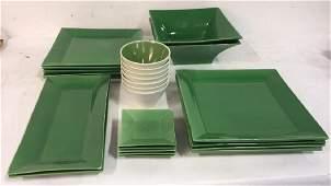 Set William Sonoma Green Ceramic Dishware