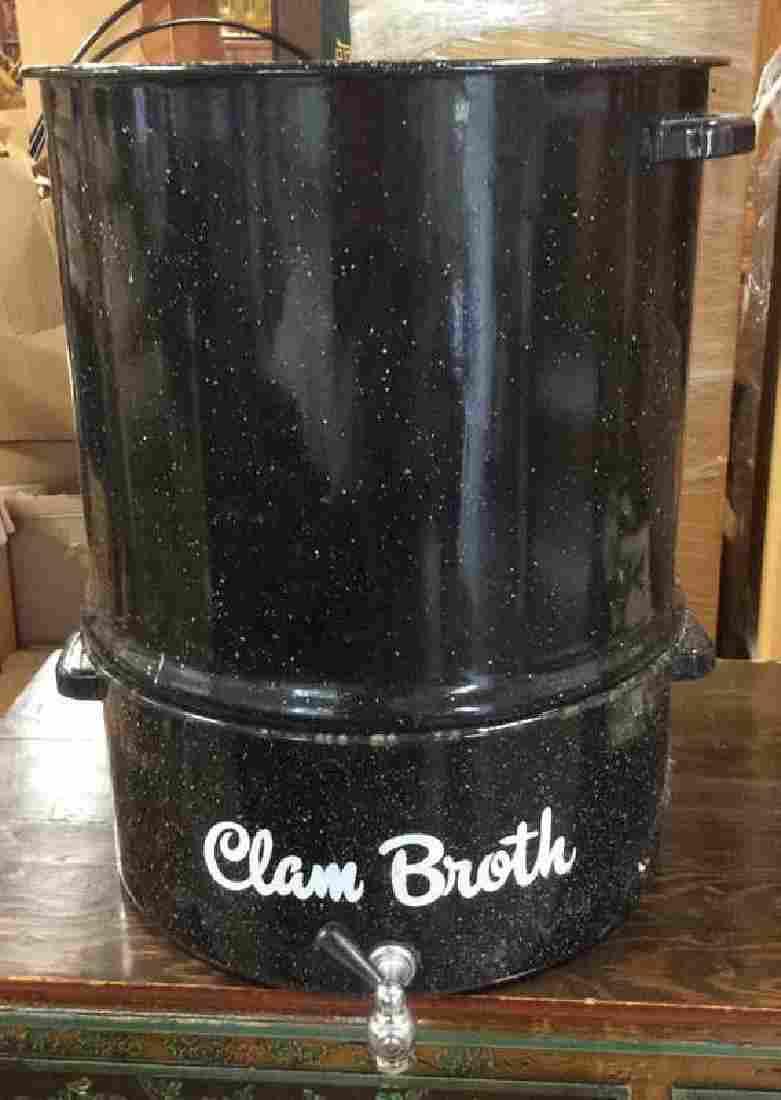 Enamelware Spouted Clam Pot