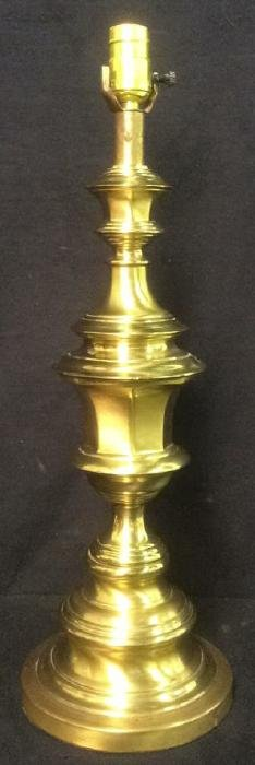 Brass Traditional Style Table Lamp