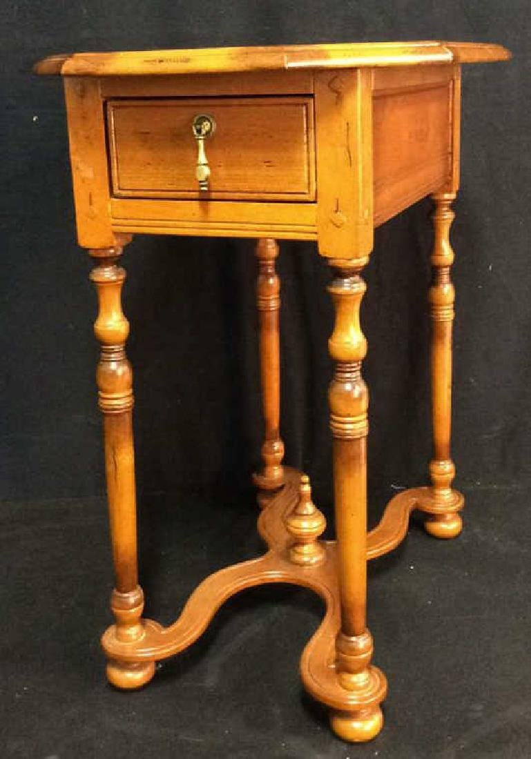 Antique Honey Tone Wood End Table  w Drawer