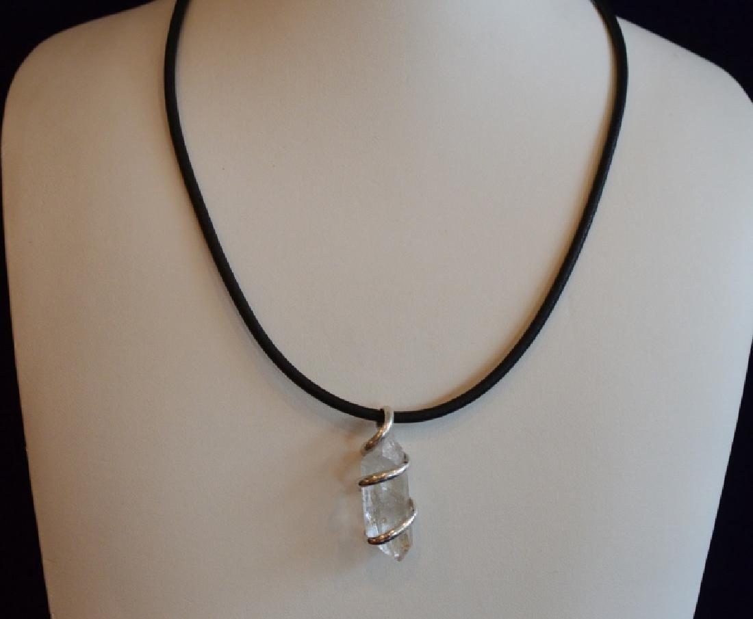 """Ladies 16"""" Natural Quartz Choker Style Necklace"""