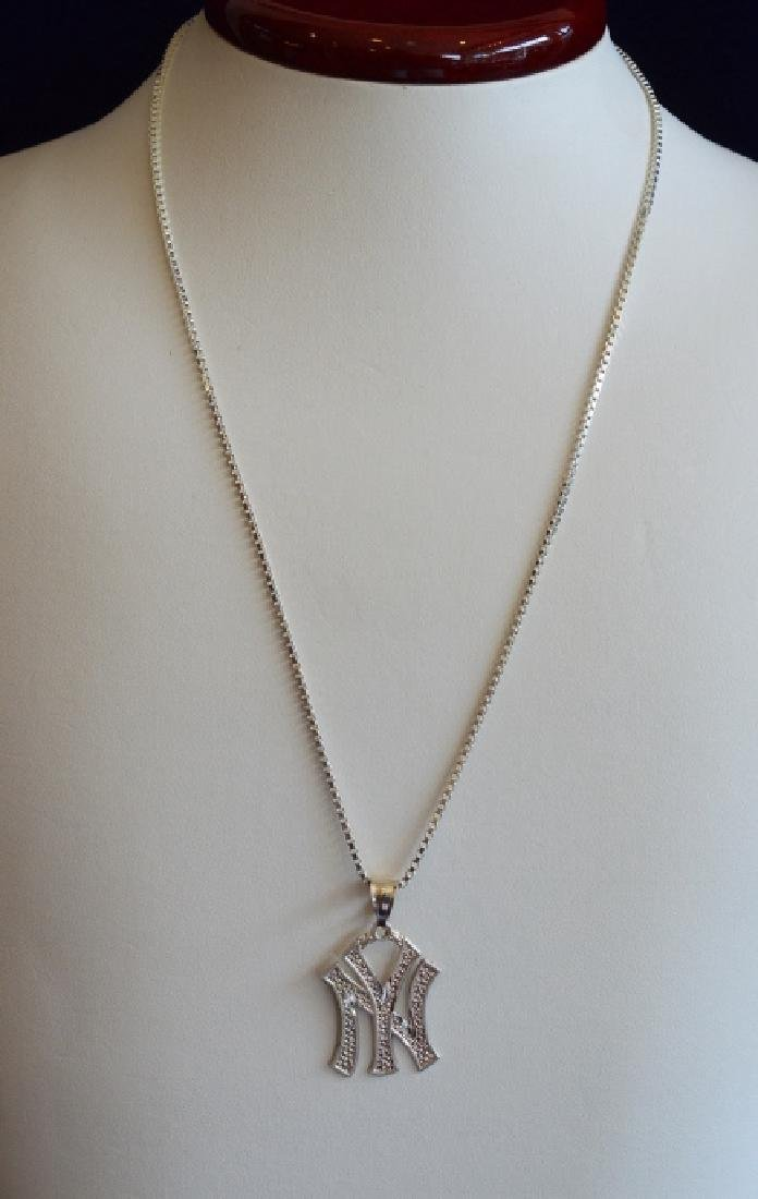 """20"""" NY Yankees Sterling Silver Medallion Necklace"""