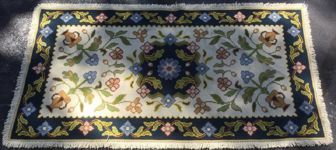 Tufted Floral Detailed Rug w Fringe