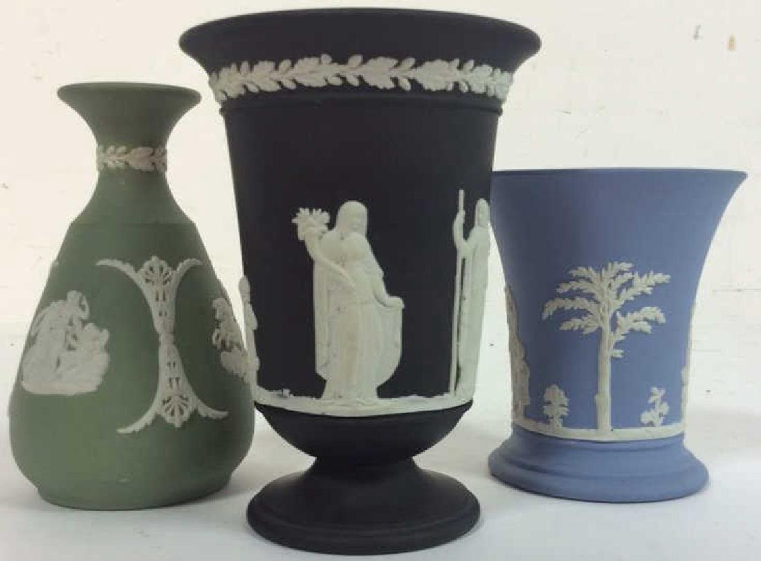 Lot 3 Wedgwood Tabletop Accessories
