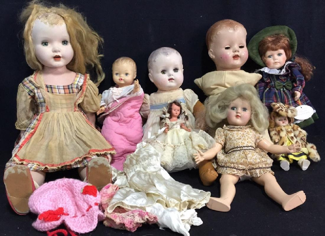 Group Lot 8 Vintage Dolls