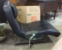 Boconcept Modern Chaise Lounge Chair w Table