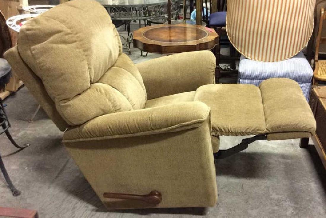 LA Z BOY Light Brown Toned Reclining Chair - 7