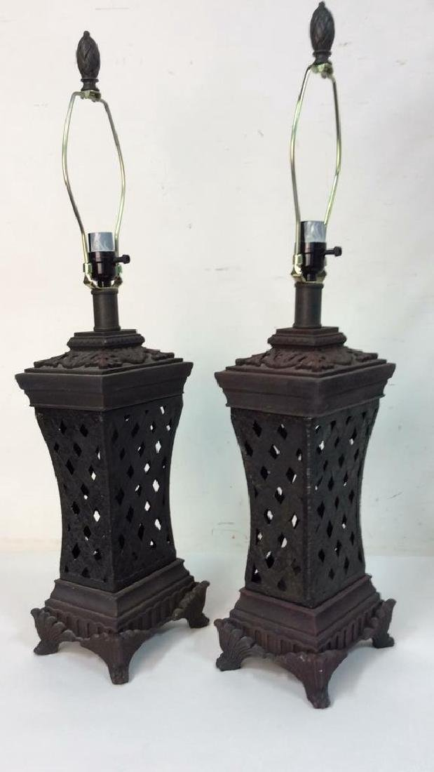 Lot 2 Pair of Ornate Table Lamps - 8