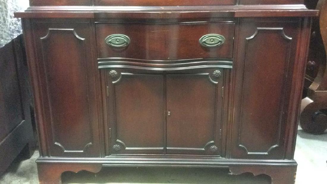 Mahogany and Glass Vintage China Cabinet - 2