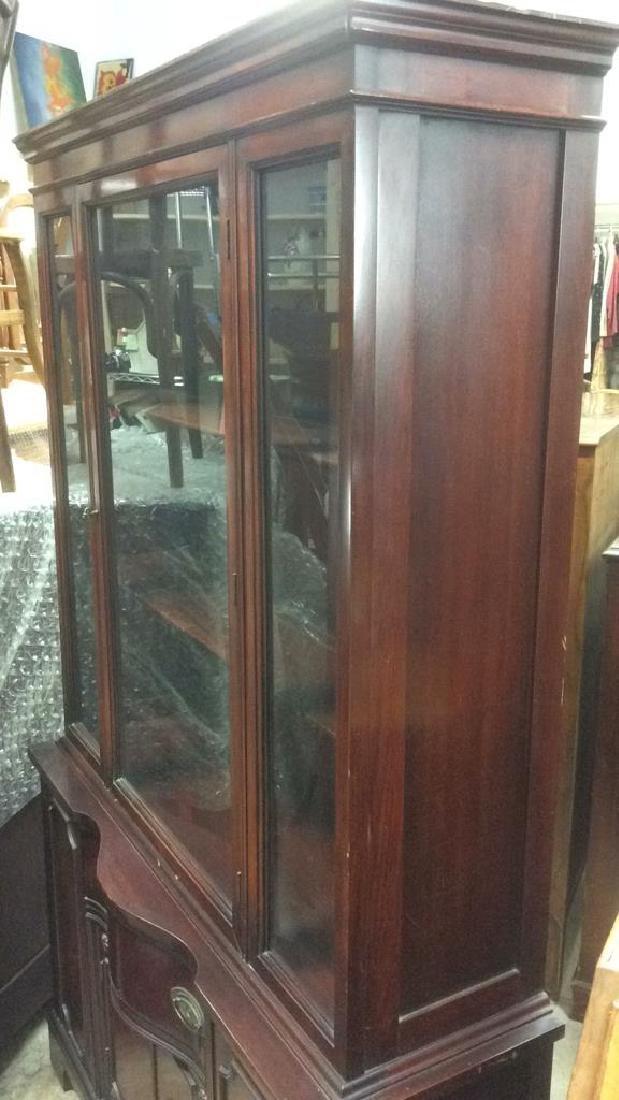 Mahogany and Glass Vintage China Cabinet - 8