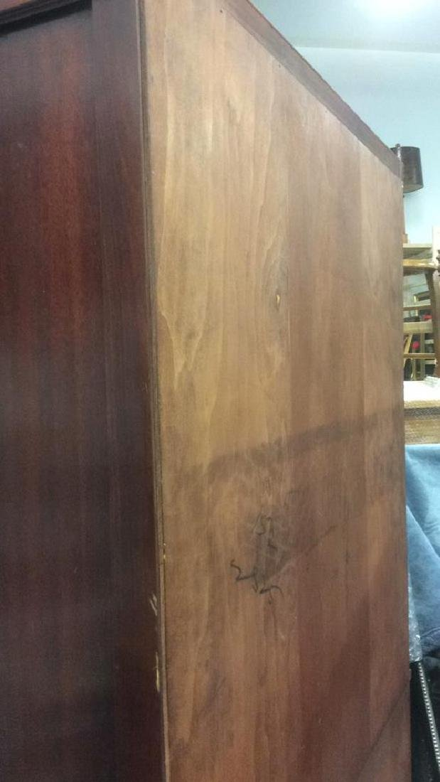 Mahogany and Glass Vintage China Cabinet - 9