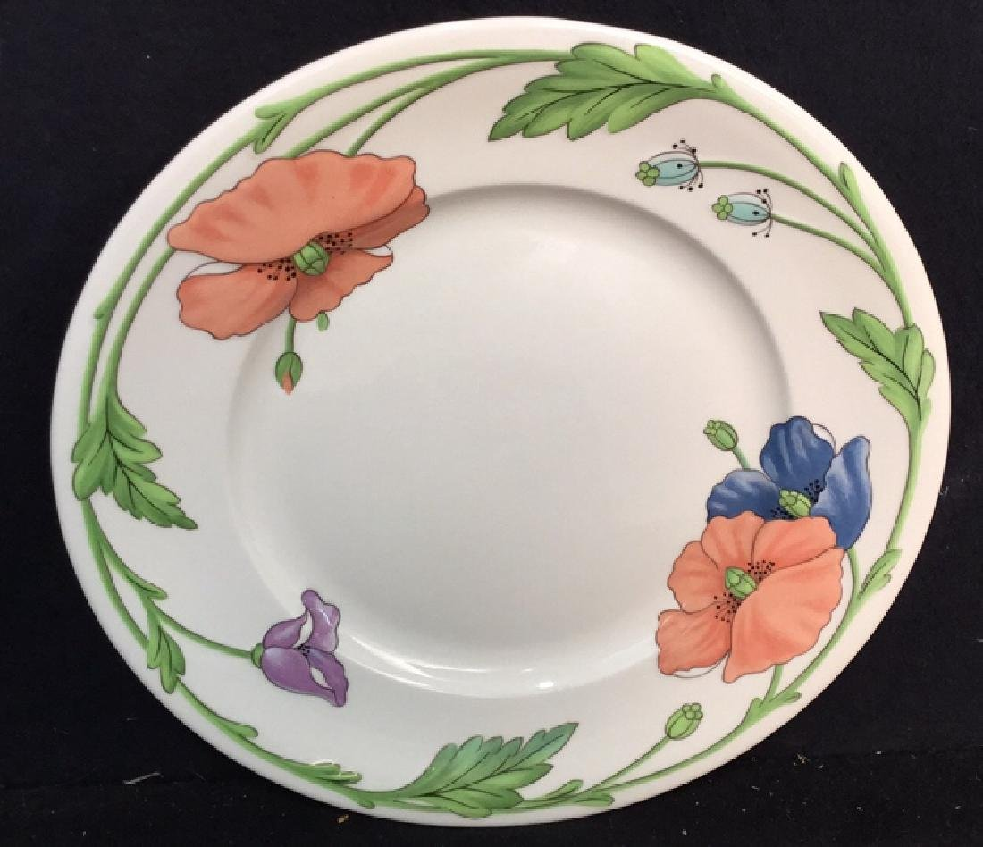 Villeroy & Boch Set 18 Dinner Plates and Platter - 2