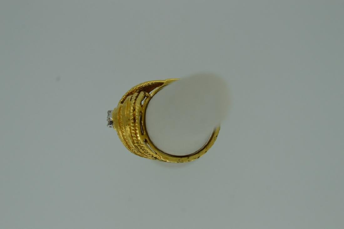 Ladies 14k Yellow Gold Knot Ring w Diamonds Size 7 - 4