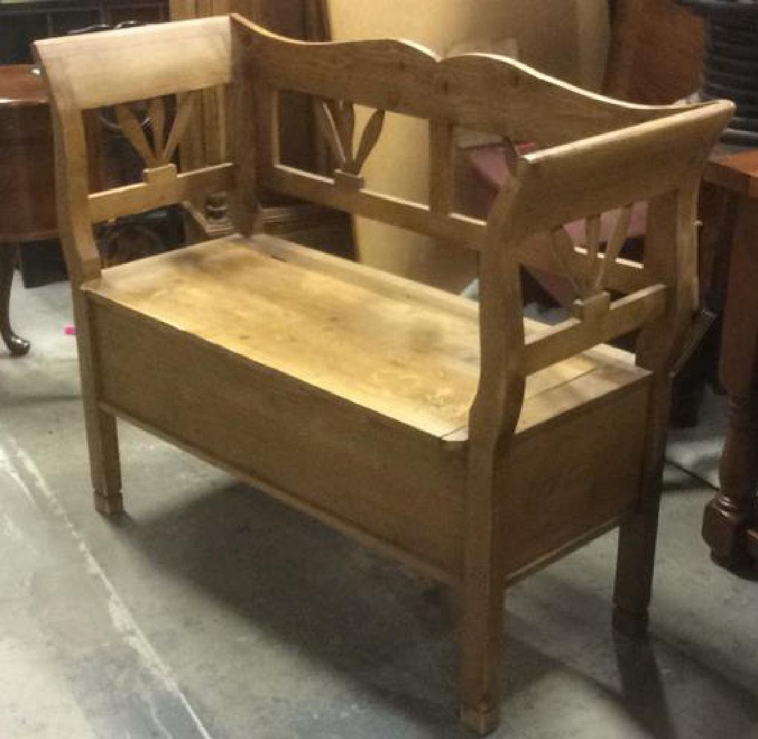 Vintage Country Pine Bench w Storage