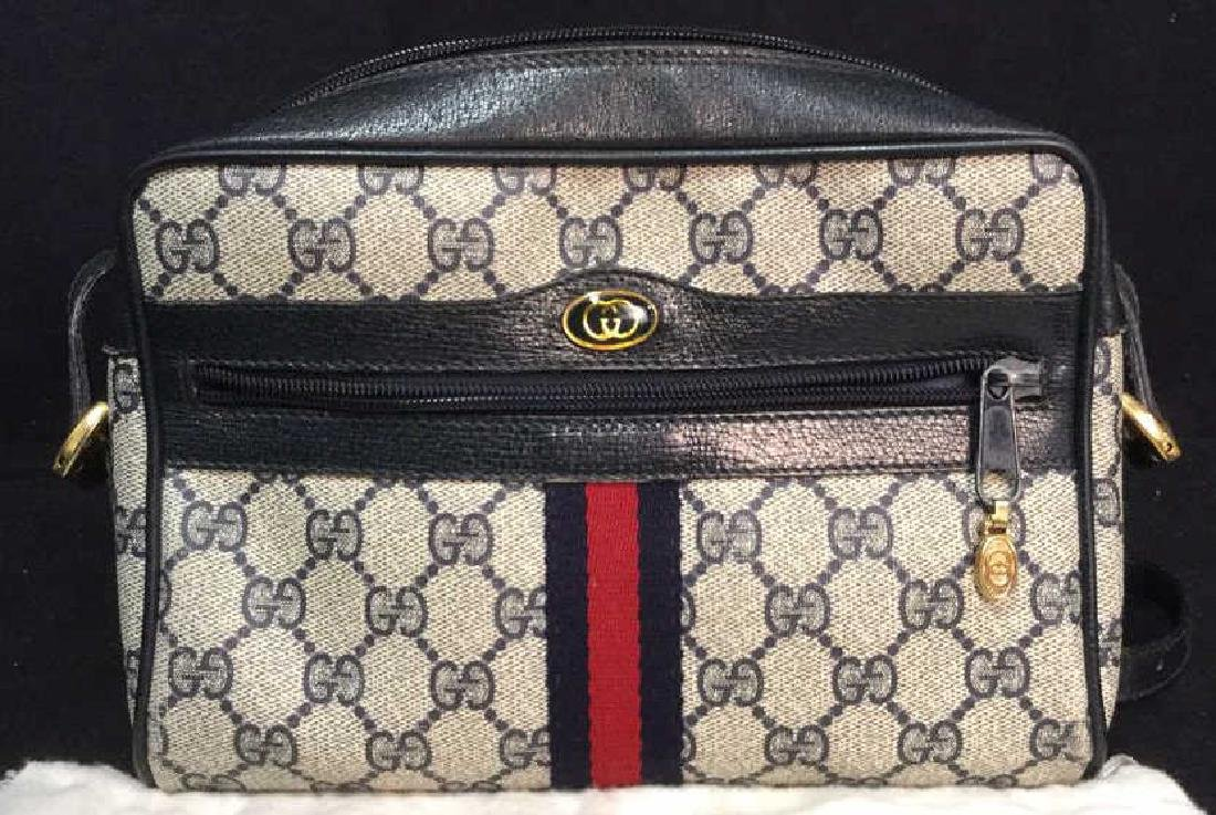 GUCCI Shoulder Bag W Front Pocket